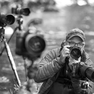 cjasonbradley 170902 26266 864x577 300x300 - Signs that You will Become a Hotshot Photographer